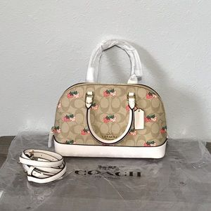 COACH SIERRA SATCHEL SIGNATURE CANVAS W/STRAWBERRY